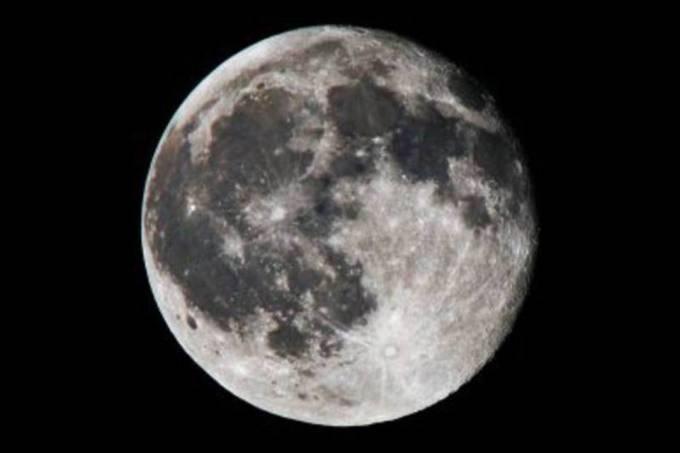 Lua ( crateras da lua - informacaobrasil.com.br